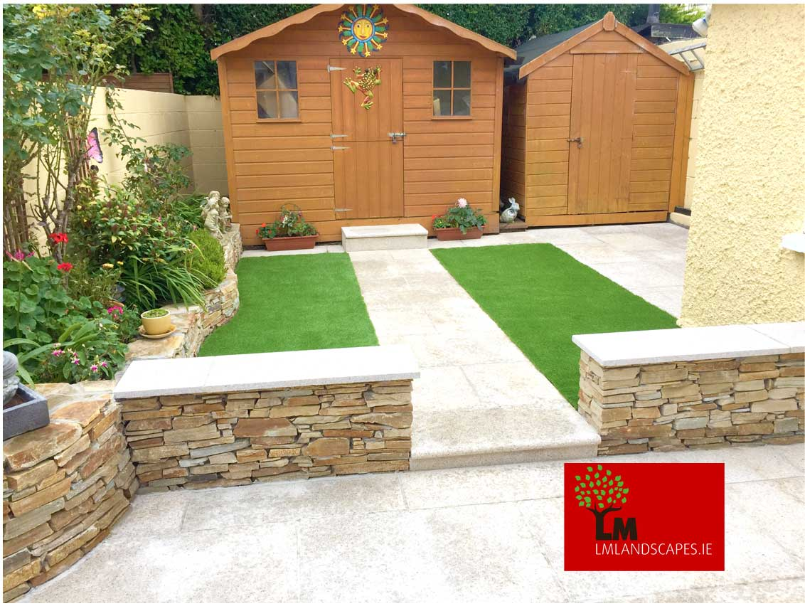 Hard Landscaping - Artificial Grass, Patio and Sandstone walls.